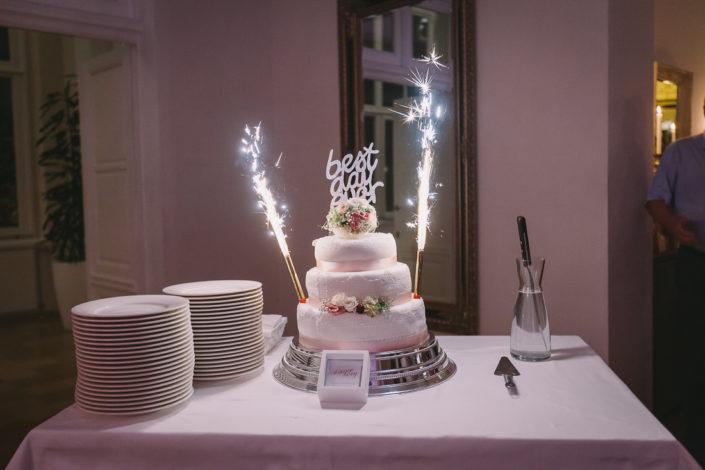 Hochzeitsfotos - die Hochzeitstorte