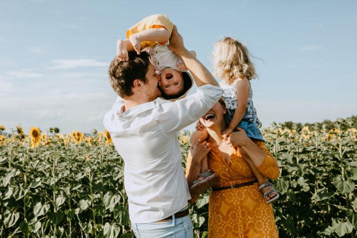 Familienfotoshooting bei Golden Hour